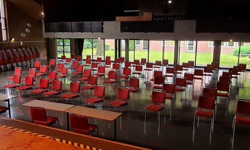 Zuschauerraum (etwa 300 Plätze)